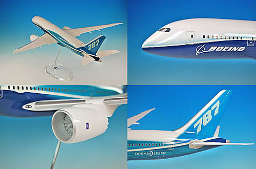 Huge 1:100 scale model of the Boeing 787 Dreamliner